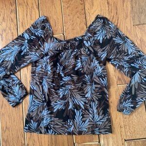 Karen Kane blouse sheer excellent condition!